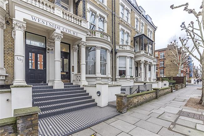 Price on Application, 2 Bedroom Flat For Sale in London, W9