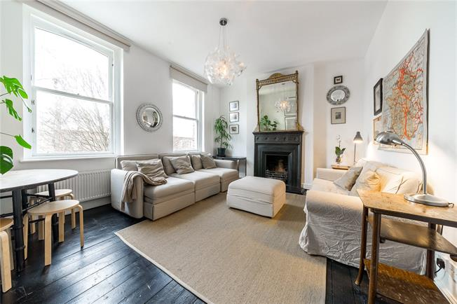Asking Price £945,000, 4 Bedroom Flat For Sale in London, W9