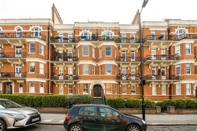 Asking Price £764,950, 2 Bedroom Flat For Sale in London, W9