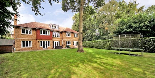 Guide Price £2,150,000, 6 Bedroom Detached House For Sale in Berkshire, SL5