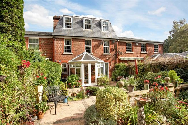 Guide Price £950,000, 4 Bedroom Terraced House For Sale in Ascot, Berkshire, SL5