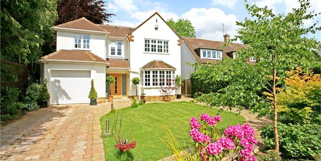 Guide Price £1,229,000, 4 Bedroom Detached House For Sale in Englefield Green, TW20