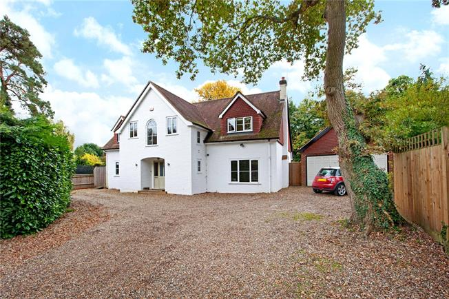 Asking Price £1,425,000, 5 Bedroom Detached House For Sale in Ascot, SL5