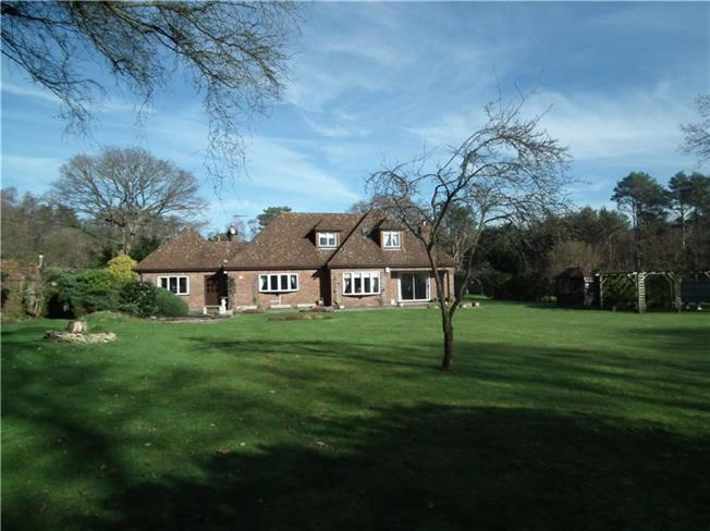 Guide Price £1,195,000, 3 Bedroom Bungalow For Sale in Woking, Surrey, GU24