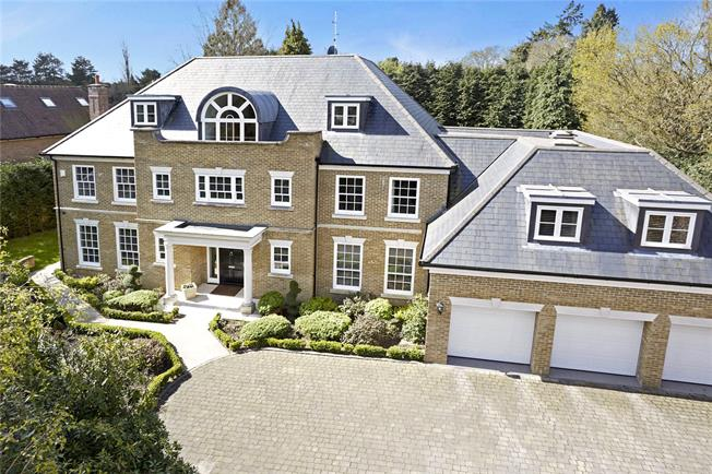 Guide Price £3,000,000, 6 Bedroom Detached House For Sale in Ascot, Berkshire, SL5