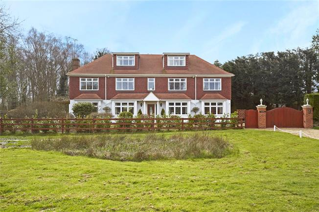 Guide Price £1,795,000, 5 Bedroom Detached House For Sale in Woking, Surrey, GU24