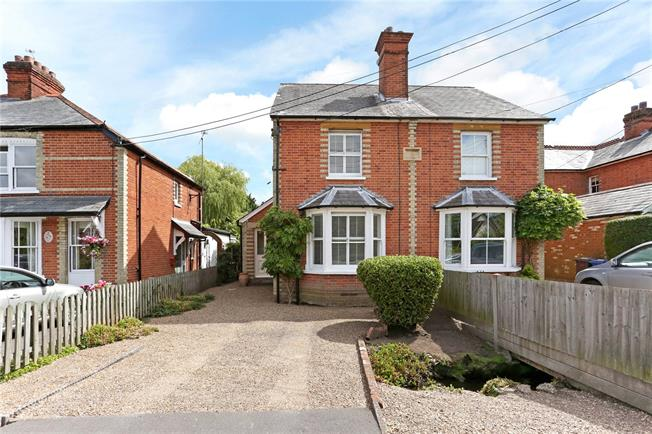 Guide Price £499,950, 3 Bedroom Semi Detached House For Sale in Ascot, SL5