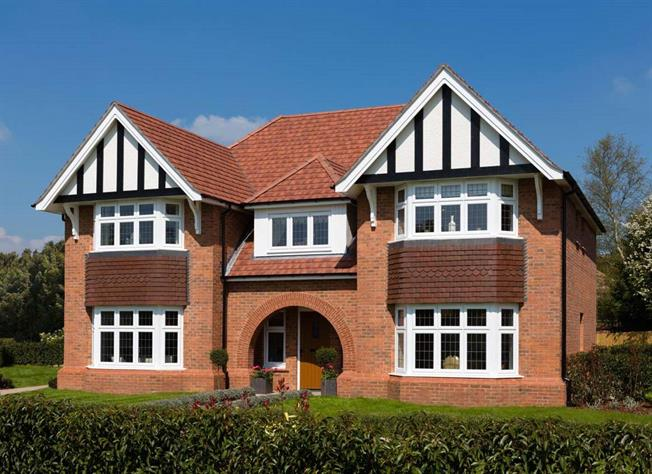Guide Price £1,074,950, 5 Bedroom Detached House For Sale in Bisley, Surrey, GU24