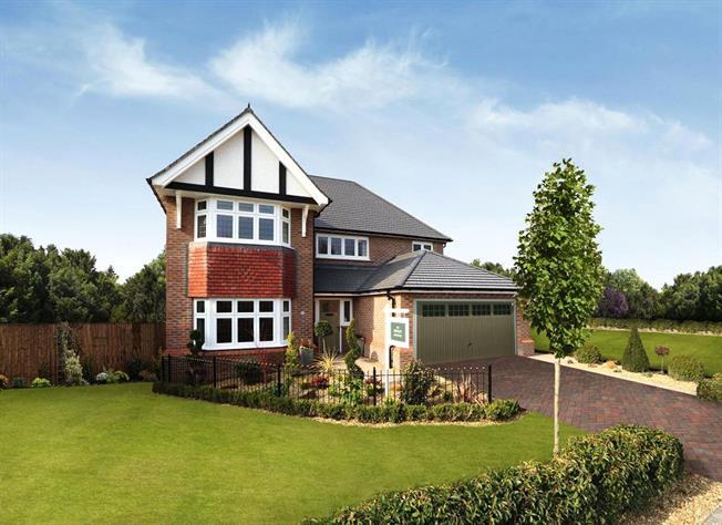 Guide Price £784,950, 4 Bedroom Detached House For Sale in Bisley, Surrey, GU24