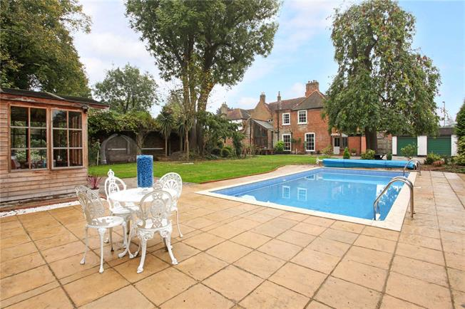 Guide Price £1,200,000, 5 Bedroom Semi Detached House For Sale in Chertsey, KT16