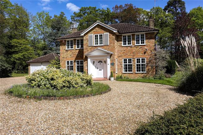 Offers in excess of £1,350,000, 5 Bedroom Detached House For Sale in Ascot, SL5
