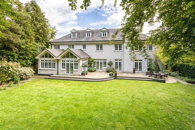 Guide Price £3,000,000, 6 Bedroom Detached House For Sale in Berkshire, SL5