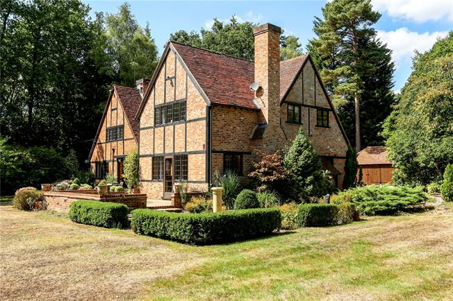 Offers in excess of £1,700,000, 5 Bedroom Detached House For Sale in Berkshire, SL5