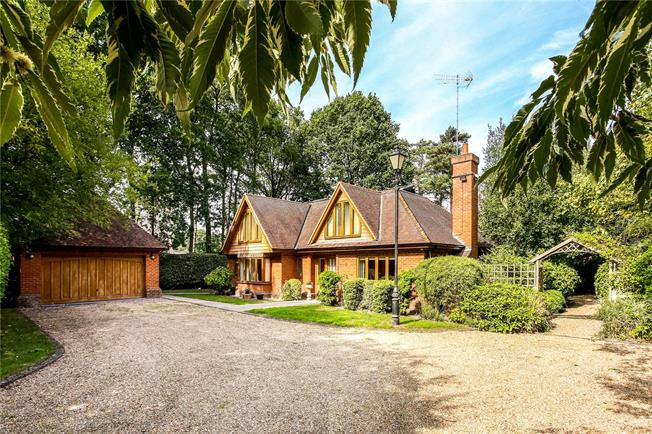 Offers in excess of £1,300,000, 5 Bedroom Detached House For Sale in Finchampstead, RG40
