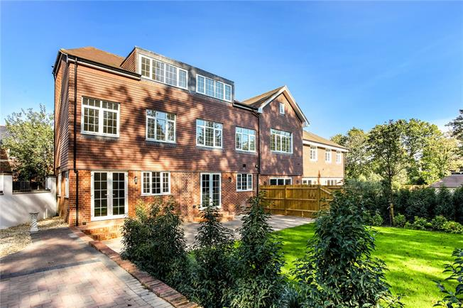 Guide Price £1,250,000, 5 Bedroom Semi Detached House For Sale in Ascot, SL5