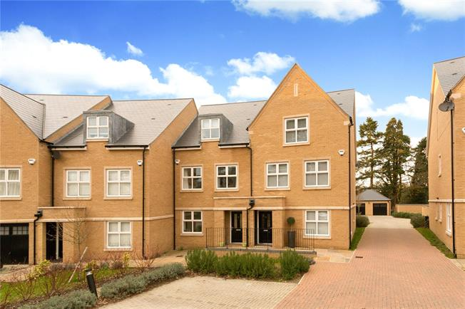 Asking Price £950,000, 4 Bedroom Terraced House For Sale in Englefield Green, TW20