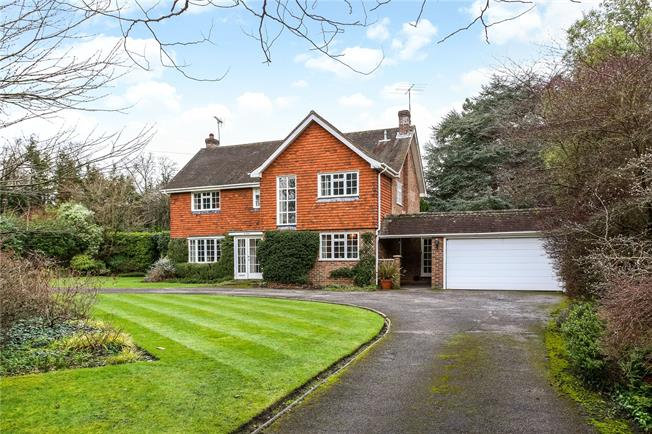Guide Price £1,500,000, 4 Bedroom Detached House For Sale in Ascot, SL5