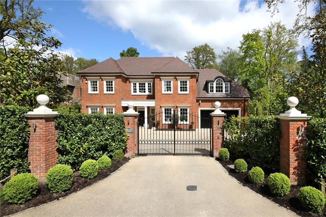 Guide Price £3,500,000, 5 Bedroom Detached House For Sale in Ascot, SL5