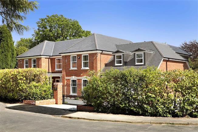 Guide Price £2,495,000, 5 Bedroom Detached House For Sale in Surrey, GU20