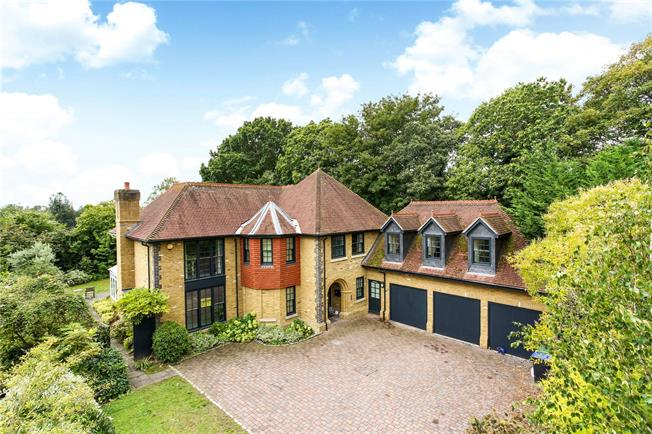 Asking Price £1,550,000, 5 Bedroom Detached House For Sale in Chobham, GU24