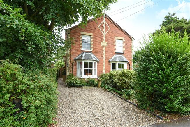 Guide Price £650,000, 3 Bedroom Semi Detached House For Sale in Ascot, SL5