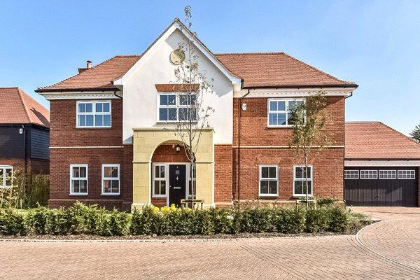 Asking Price £1,650,000, 5 Bedroom Detached House For Sale in Windsor, Berkshire, SL4