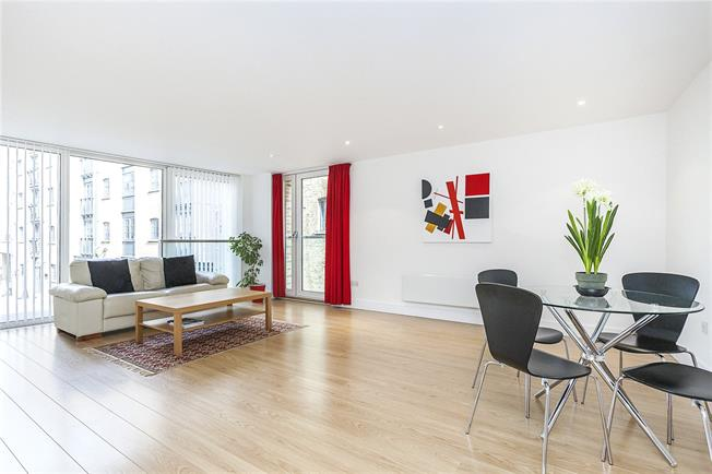 Offers in excess of £600,000, 1 Bedroom Flat For Sale in London, SE16