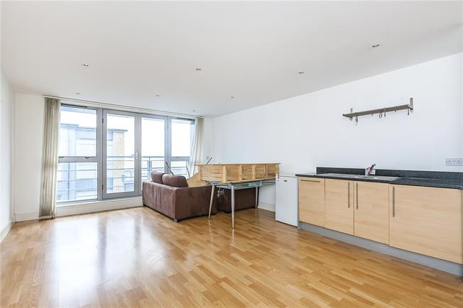 Asking Price £625,000, 3 Bedroom Flat For Sale in London, SE1