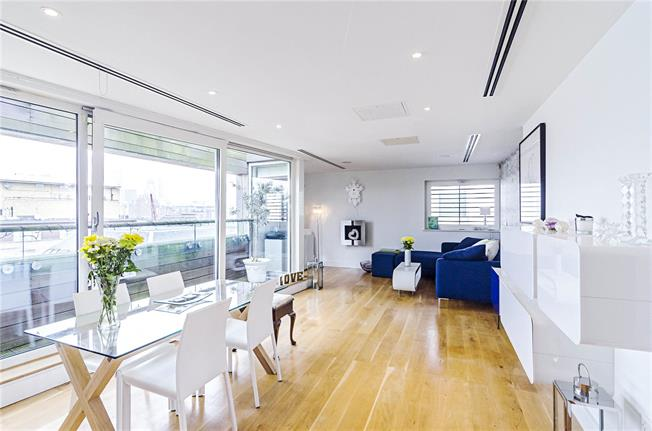 Asking Price £1,100,000, 2 Bedroom Flat For Sale in London, SE16