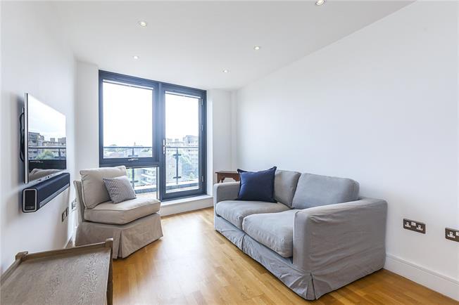 Asking Price £899,995, 2 Bedroom Flat For Sale in London, SE1
