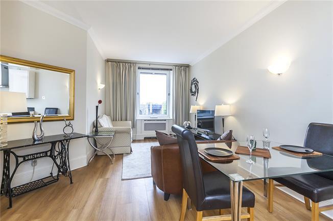 Asking Price £999,950, 2 Bedroom Flat For Sale in London, SE1