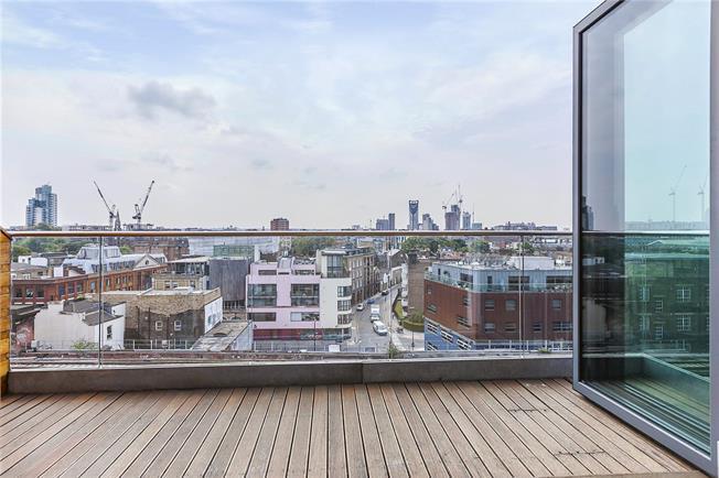 Asking Price £1,599,995, 3 Bedroom Flat For Sale in London, SE1