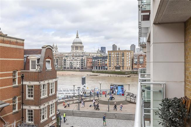 Asking Price £1,750,000, 2 Bedroom Flat For Sale in London, SE1