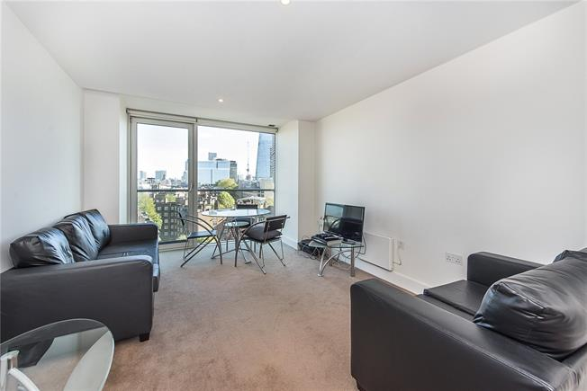 Asking Price £520,000, 1 Bedroom Flat For Sale in London, SE1