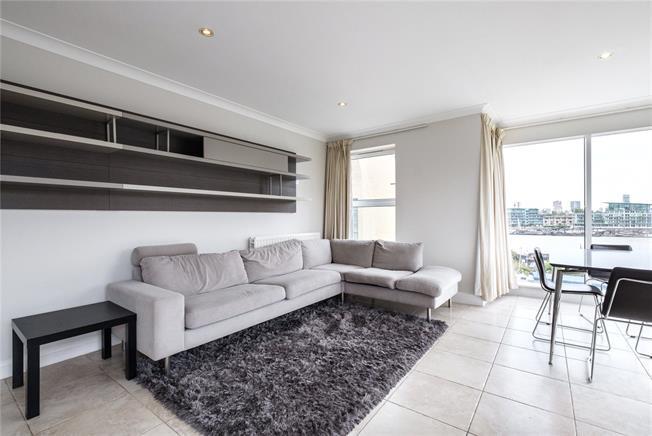 Asking Price £1,095,000, 2 Bedroom Flat For Sale in London, SE1