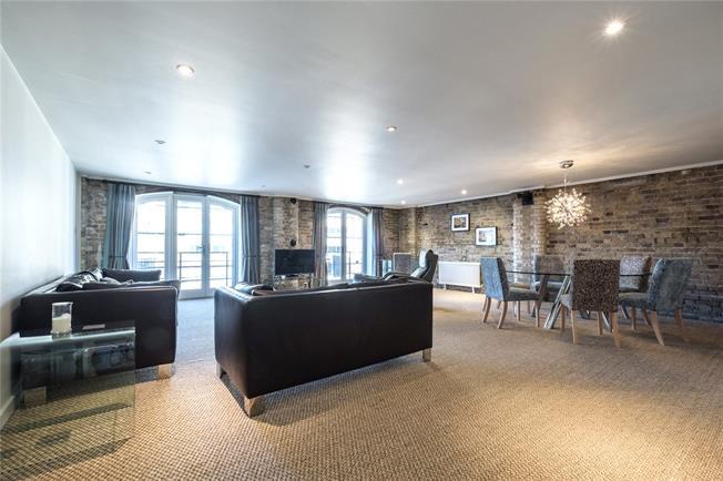 Asking Price £2,000,000, 3 Bedroom Flat For Sale in London, SE1