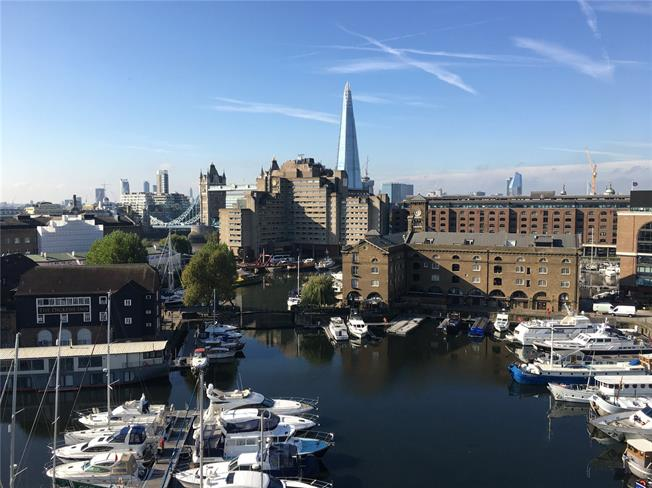 Asking Price £3,750,000, 3 Bedroom Flat For Sale in London, E1W