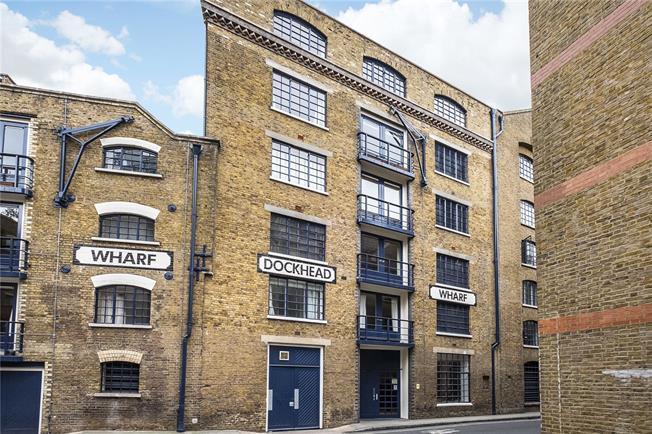 Asking Price £500,000, 1 Bedroom Flat For Sale in London, SE1