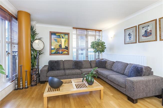 Asking Price £650,000, 1 Bedroom Flat For Sale in London, SE16