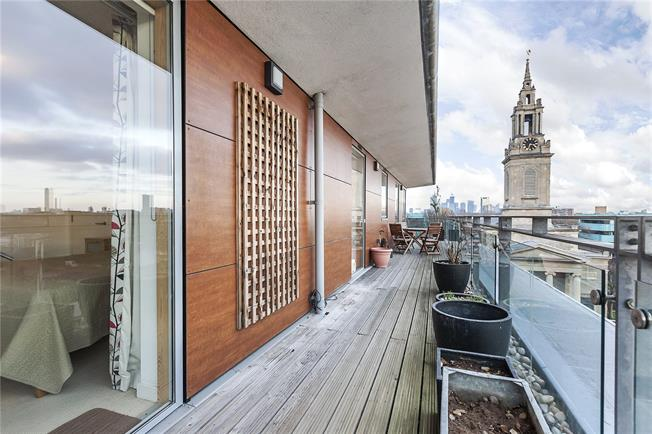 Asking Price £750,000, 2 Bedroom Flat For Sale in London, SE16