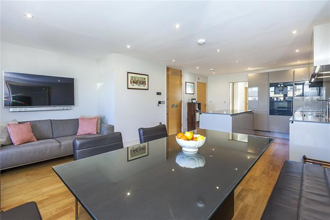 Asking Price £675,000, 1 Bedroom Flat For Sale in London, SE1