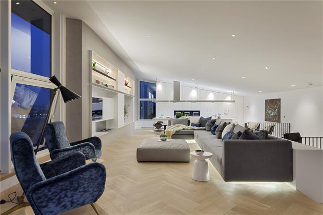 Guide Price £4,000,000, 3 Bedroom Flat For Sale in London, SE1