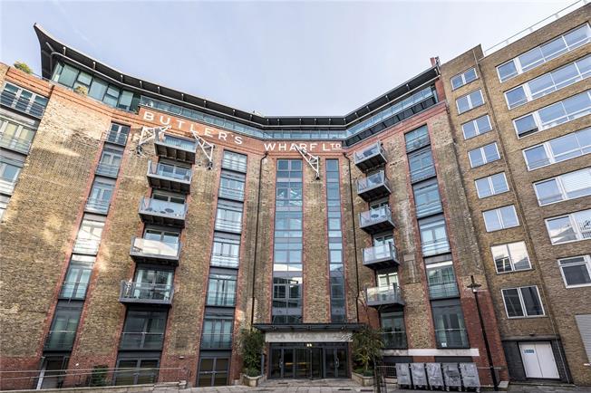 Asking Price £630,000, 1 Bedroom Flat For Sale in London, SE1