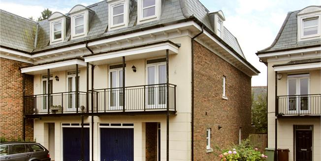 Asking Price £624,999, 4 Bedroom Semi Detached House For Sale in Tunbridge Wells, TN4