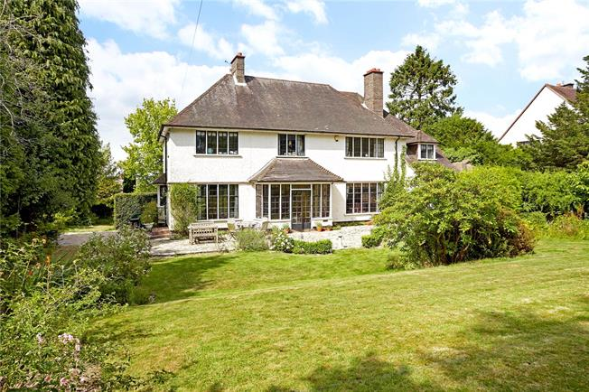 Asking Price £1,250,000, 5 Bedroom Detached House For Sale in Tunbridge Wells, TN2