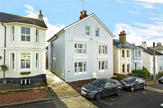 Asking Price £750,000, 4 Bedroom Semi Detached House For Sale in Tunbridge Wells, TN2
