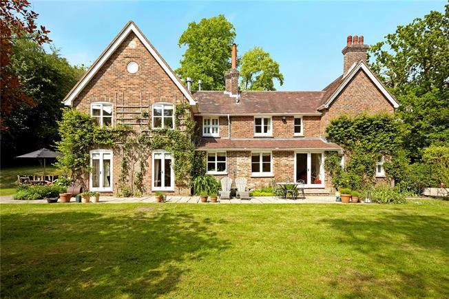 Asking Price £1,250,000, 7 Bedroom Detached House For Sale in Heathfield, TN21