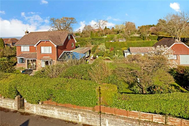 Asking Price £850,000, 3 Bedroom Detached House For Sale in Kent, TN4