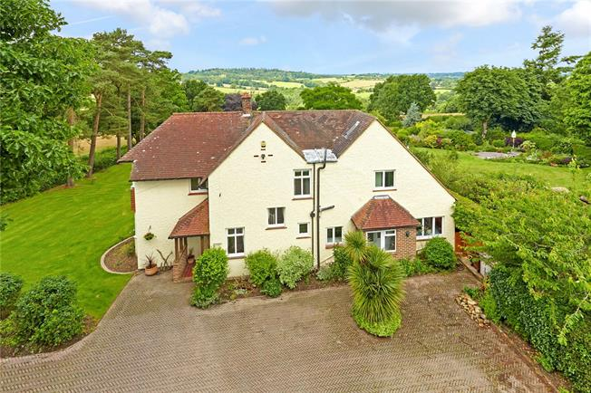 Asking Price £1,250,000, 5 Bedroom Detached House For Sale in Ashurst, TN3