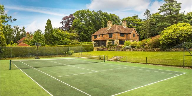 Offers in the region of £1,600,000, 5 Bedroom Detached House For Sale in East Sussex, TN6